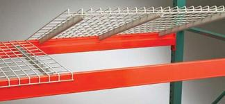 Standard waterfall wire decking for step beams
